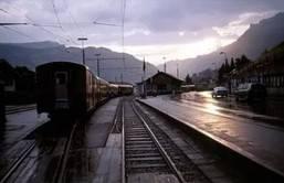 В жизни матери был этот поезд последний...